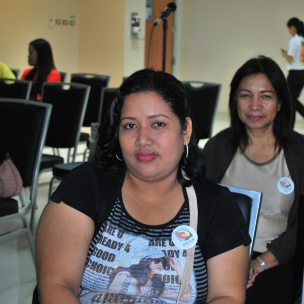 Ms. Arlene Bismanos, R (Leukemia Patient). At background is  Ms. Rizalina Mauricio, L (Mother of Leukemia patient Rommel Mauricio)