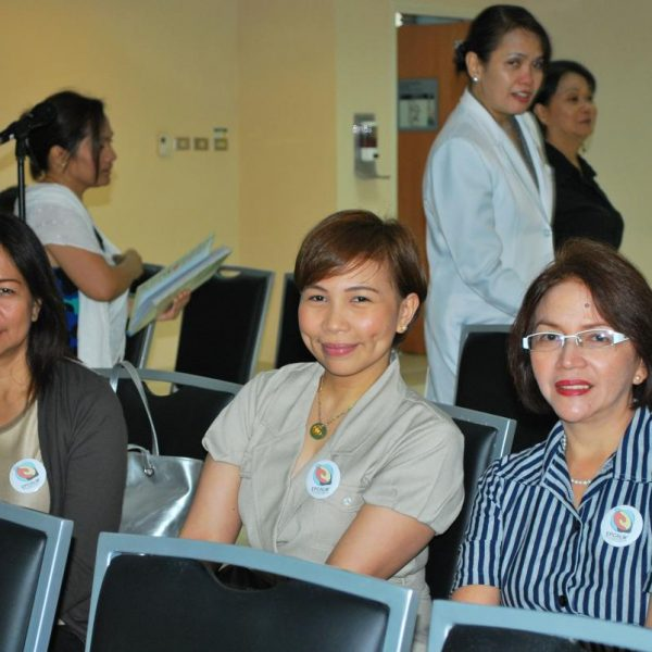 Ms. Mildred Kho, R (Mother of Leukemia Patient Anna Carmela Kho+) with Dr. Sarah Moral (Leukemia Patient); and Ms. Rizalina Mauricio